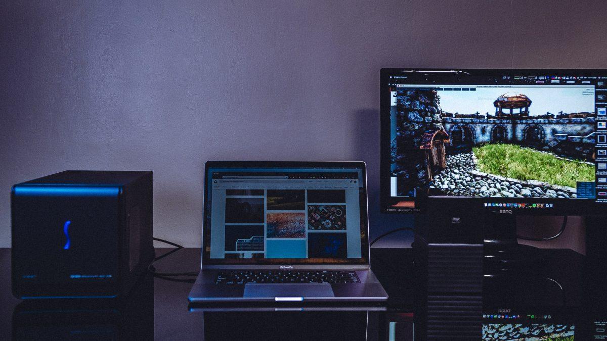 Portada Articulo-Guía de compra Todo lo que debes saber sobre monitores m y m suministros tienda de tecnología Colombia